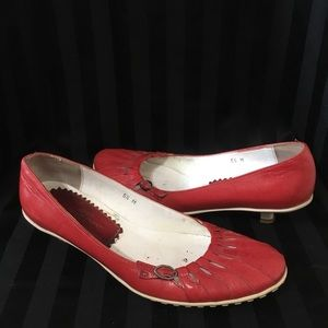 Sesto Meucci Red Cut Out Buckle Kitten Heel Flats